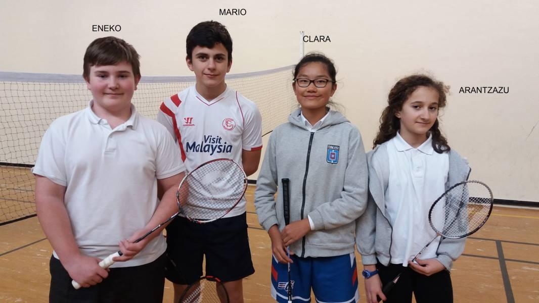 Deux équipes représenteront le Lycée français de Bilbao au Tournoi Européen de BADMINTON aefe/unss à Varsovie du 9 au 13 avril 2017
